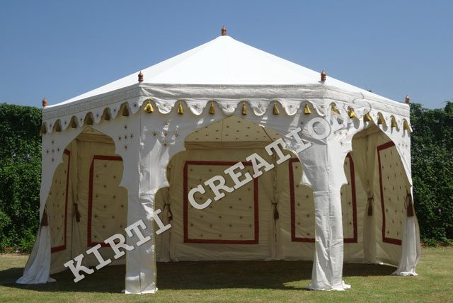 Luxurious Looks Of Luxury Canopy